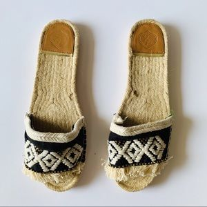 Shoes - NEW Z & L Boho Espadrille Slippers 41